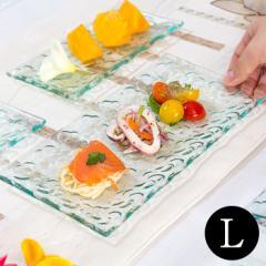 プルメリアをモチーフにした涼しげなガラスプレート(L) 約26×13cm (62231) プレート 角皿 お皿 大皿 アジアン雑貨 ハワイアン雑貨 おし