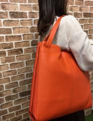 【P15倍】【送料無料】牛革 レディース トートバッグ 大きめシンプルなフォルムが大人気 大人の女性におすすめ  ビジネスにもカジ