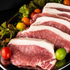 【高級豚肉】【送料無料!!】ハンガリーの国宝 マンガリッツァ ロース 150g×5枚 計750g