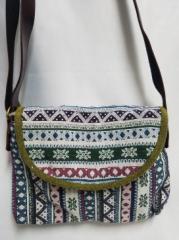 【ショルダーバック】モン族伝統刺繍使用ショルダーバック