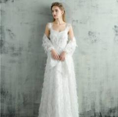 d4ed88ae93b60 ウェディングドレス 大きいサイズ 白 二次会 花嫁 激安 大人気 ふわふわフェザー ホルターネック ウェディングドレス 白 二次会