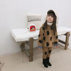 0d4d6365885cd 男女兼用くま柄プリントセットアップ ベージュ セットアップキッズ女の子 子供服 セットアップ女の子 韓国 子供