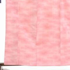 【中古】リサイクル着物 紬 / 正絹ピンクぼかし袷真綿紬着物 / レディース【裄Mサイズ】(古着 リサイクル品 紬 )