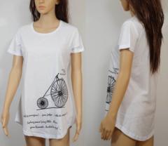 【残り僅か】上質の生地のTシャツです。自転車柄の白いTシャツ。