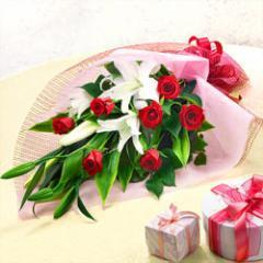 【誕生日フラワーギフト】花キューピットのユリとバラの花束