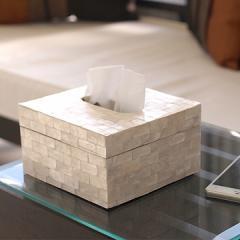 ハーフサイズ ティッシュケース (シェル)   おしゃれ ハーフ 半分 コンパクト 卓上 ティッシュボックス ホワイト 貝 バリ雑貨 インテリア