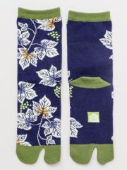 倭物やカヤ 公式 [葡萄の足袋(23-25cm)] 和柄 和モダン  カヤ足袋(くつした) 中丈 (23-25cm) 7JKP0309