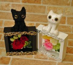 母の日 プリザーブドフラワー 父の日 ギフト デコフレームキティ 誕生日プレゼント 女性 バラお祝い 送別 花とセット 猫 ネコ ねこ 花