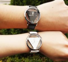 トライアングル 文字盤 時計 ペア ウォッチ ブラック ホワイト 2個 セット