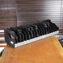 [送料無料]BenchMaster 横置き型 ピストルラック クッション付 [ 18丁収納 ][bmwrm118]