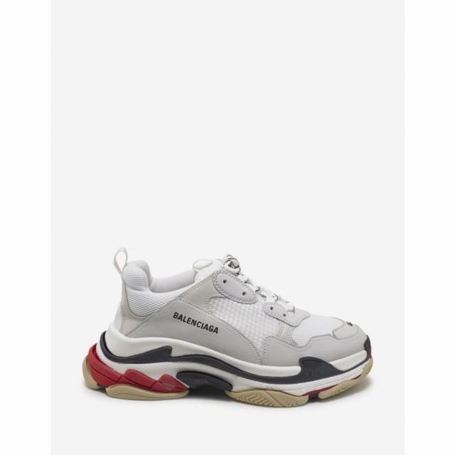 靴 Triple S White. Red and Black