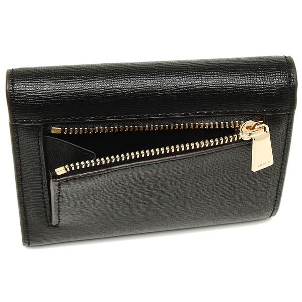 f27f1c1cd17b FURLA(フルラ)より、二つ折財布が入荷しました☆高品質レザーに細かな型押し加工を施こした折財布 です。フロントのゴールドロゴが際立つシンプルなデザイン。