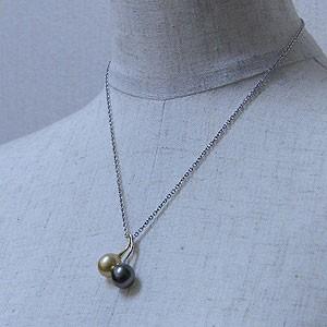 南洋白蝶真珠:タヒチ黒蝶真珠ペンダント