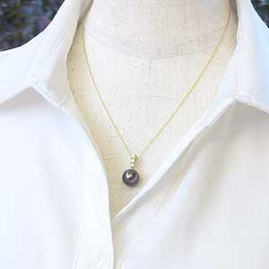 パールペンダントトップ 真珠 パール タヒチ黒蝶真珠 グリーン系 径10mm ダイヤモンド 3石 計0.20ct K18 ゴールド ペンダント
