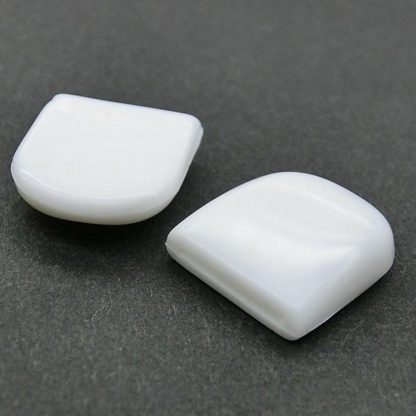 蝶バネ式イヤリングパーツ:クッションボタン