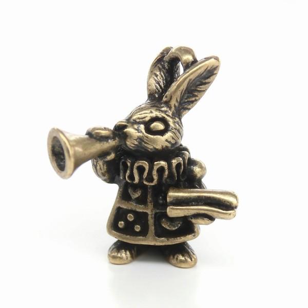 ★Trump Rabbit★アリスシリーズ★ラッパを吹くうさぎチャーム★K16GPと金古美カラー