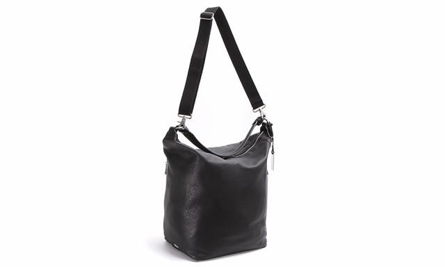 14714eb77cbc 身体に馴染みやすく、どの持ち方にしても心地よくフィット。ブリーフバッグ以上の収納力が欲しいけれどトートバッグとは差をつけたい、という方におすすめです。